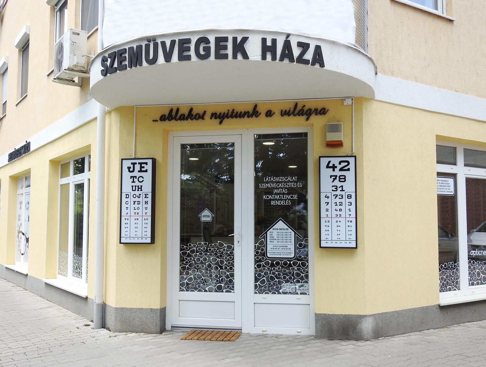 Gyulai Hírlap - Megújult a Szemüvegek Háza 2bde8b8d8f